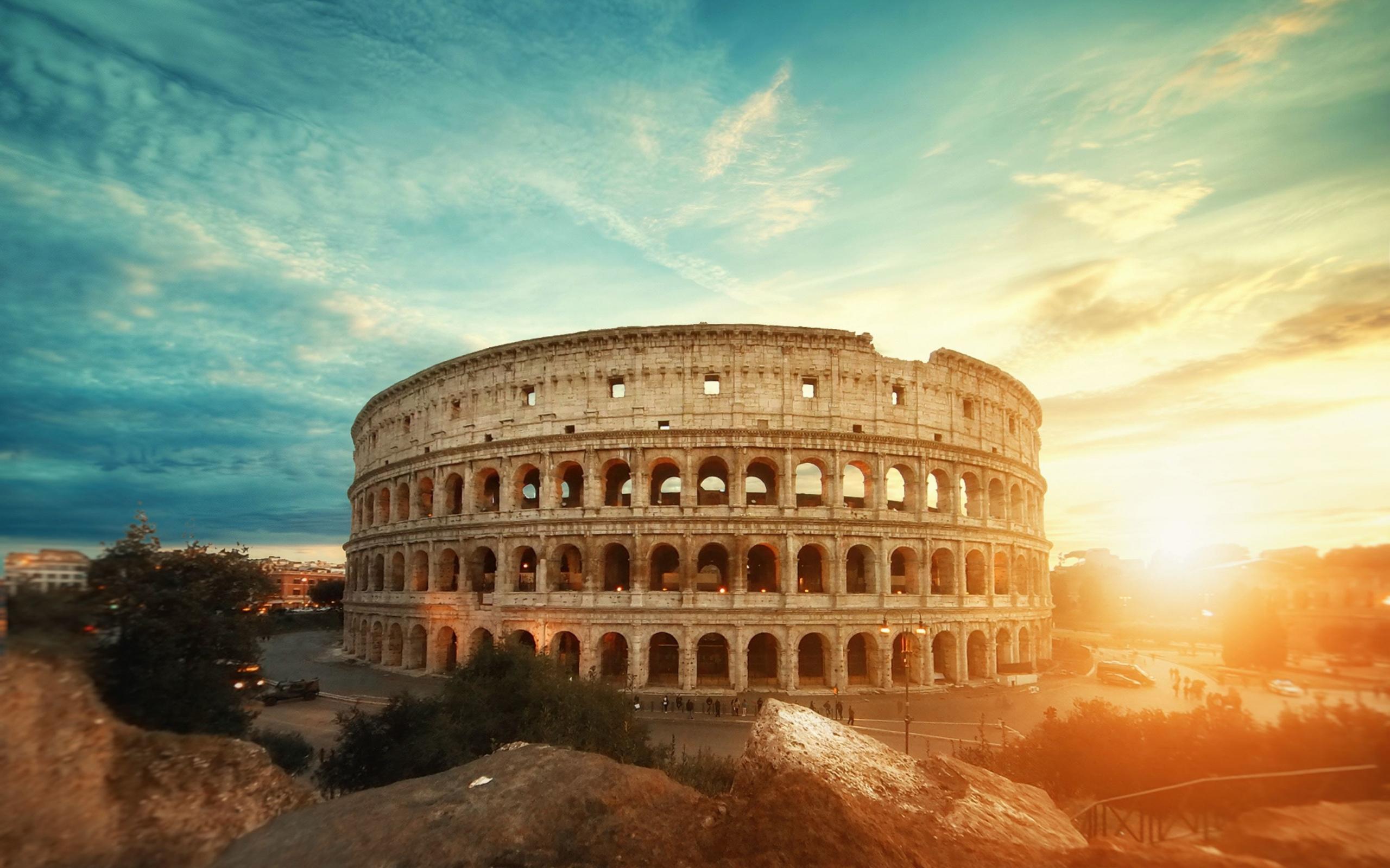 نکاتی در مورد مسافرت و ارسال بار به رم